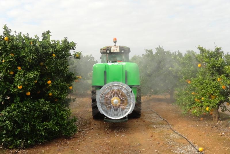 maquinaria-agrícola-pulverizadores-atomizador-suspendido-3
