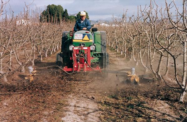 maquinaria-agricola-alineadoras-restos-de-poda-14