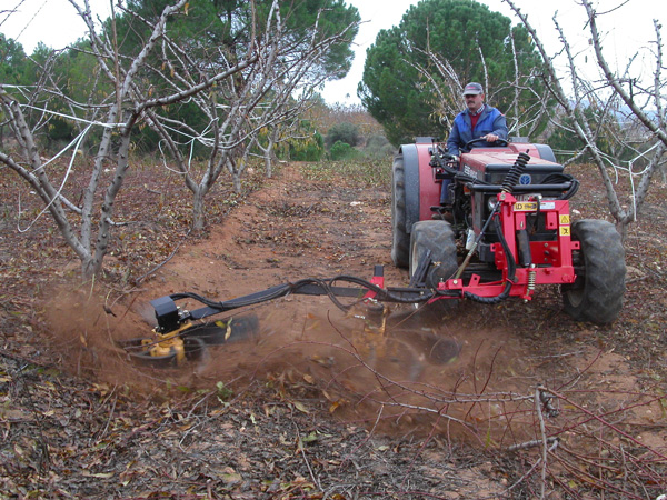 maquinaria-agricola-alineadoras-restos-de-poda-16