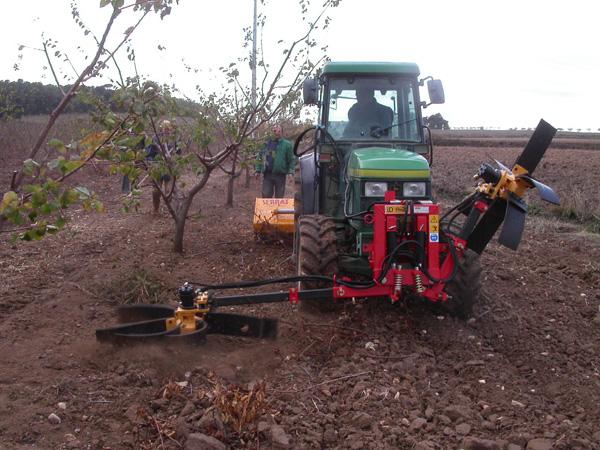 maquinaria-agricola-alineadoras-restos-de-poda-18