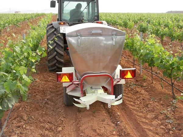 maquinaria-agricola-azufradoras-espolvoreadoras-11