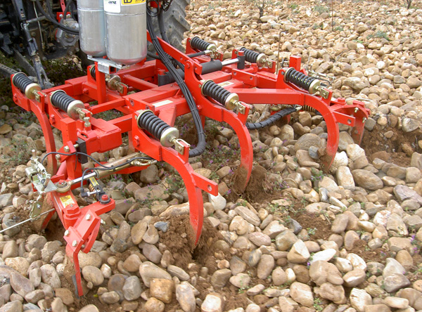 maquinaria-agricola-cultivadores-intercepas-semichisel-16