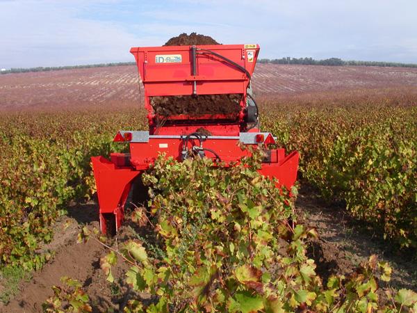 maquinaria-agricola-locanizador-estiercol-23