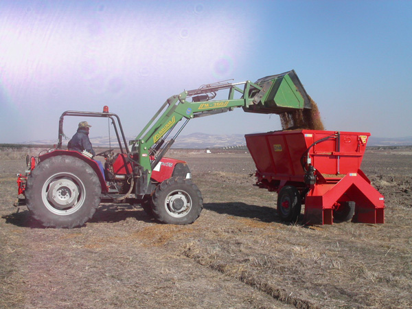 maquinaria-agricola-locanizador-estiercol-25