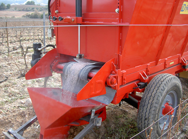 maquinaria-agricola-locanizador-estiercol-26