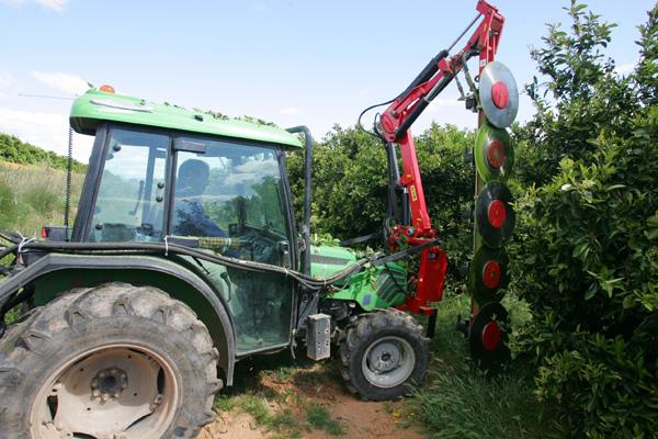 maquinaria-agricola-prepodadora-arboles-13