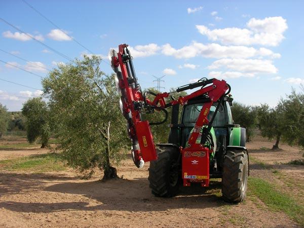 maquinaria-agricola-prepodadora-arboles-24