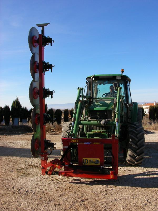 maquinaria-agricola-prepodadora-arboles-26