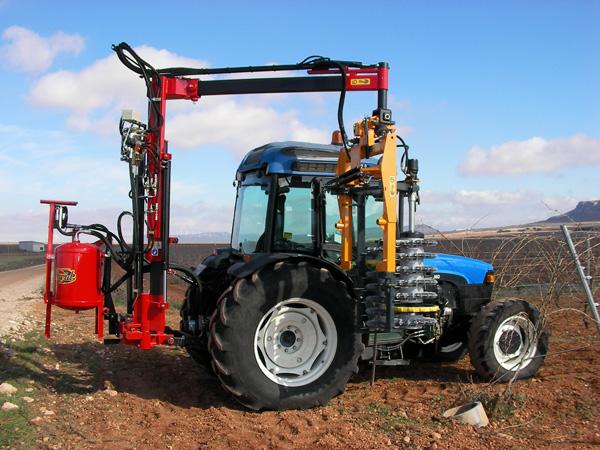 maquinaria-agricola-prepodadoras-viña-en-espaldera-19