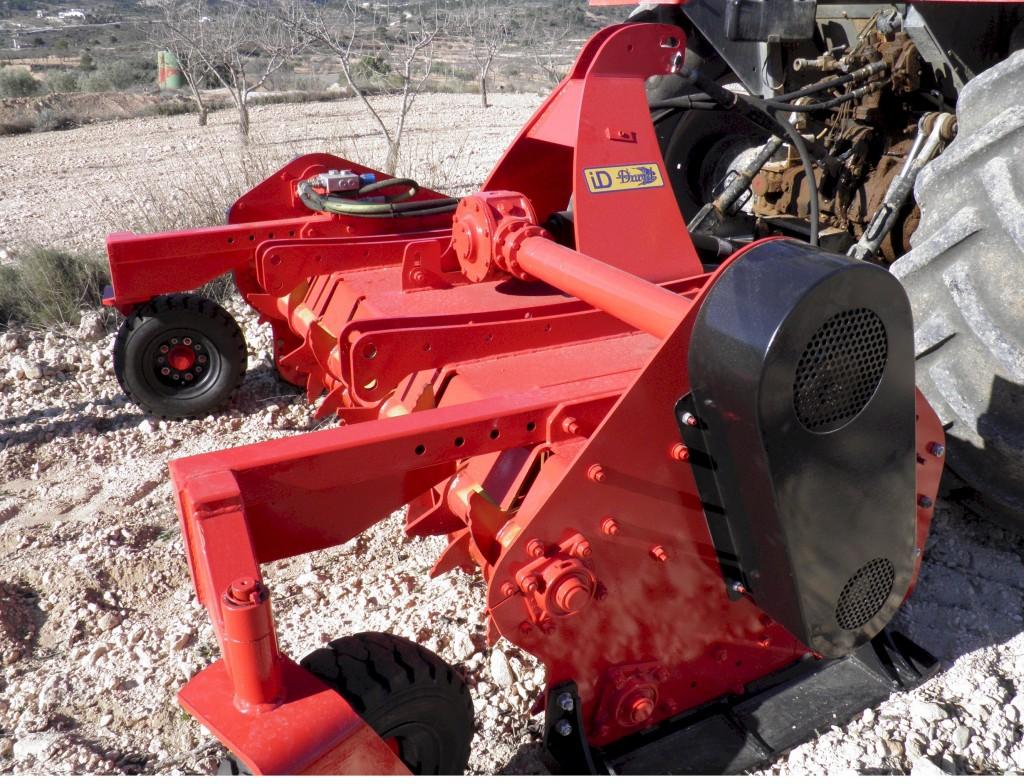 maquinaria-agricola-tirturadora-superolivo-3