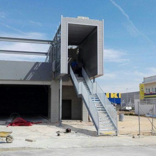 Estructura metálica para centro comercial